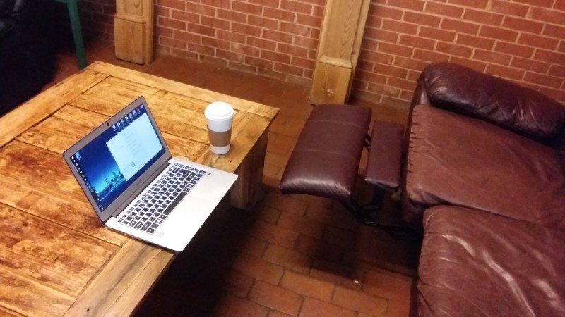 recenzja w kawiarni